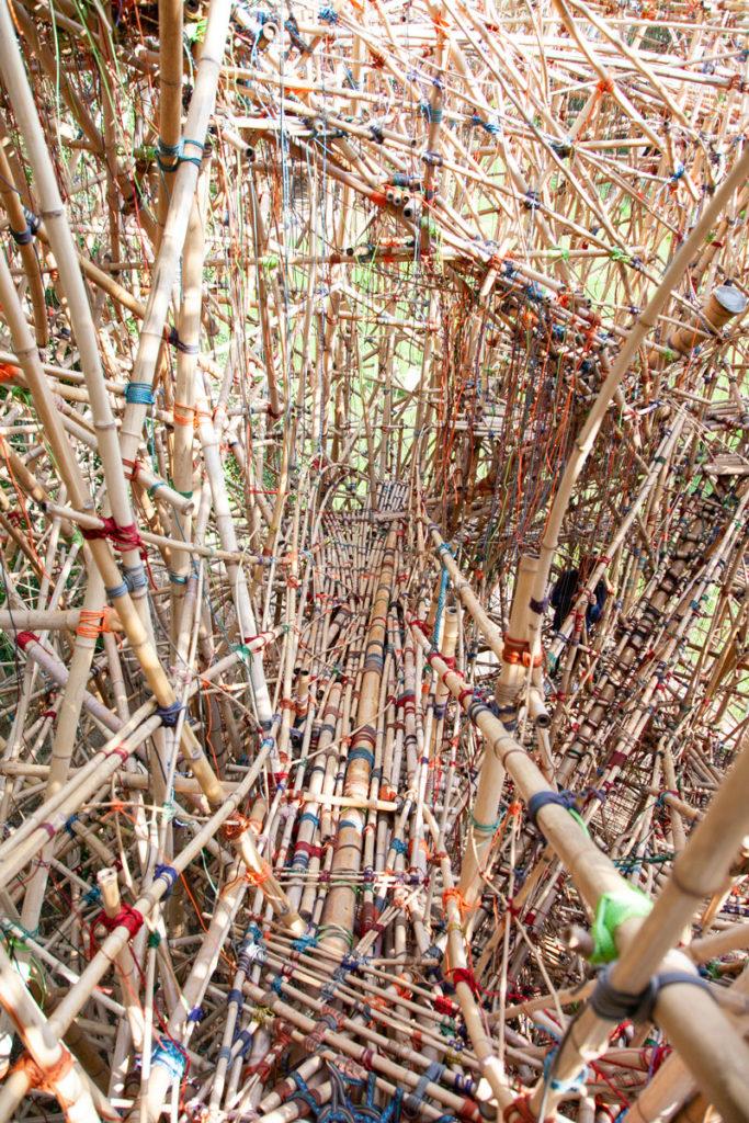 Geometry of Innocence - Scalinata di Bambù nel parco Ordrupgaard
