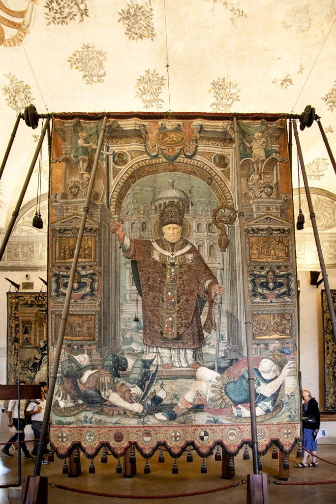 Gonfalone di Milano - Patrono Sant'Ambrogio - Museo d'Arte Antica