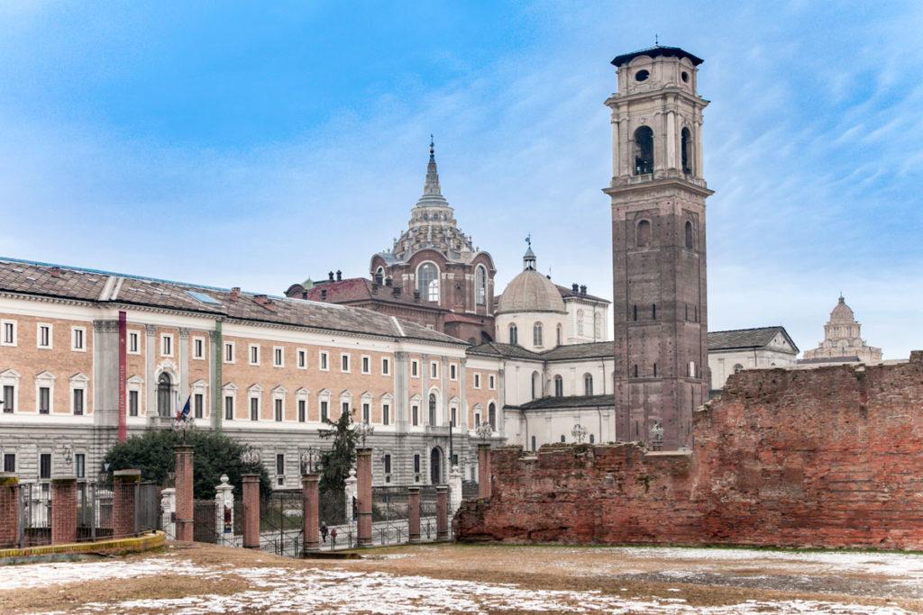 Il duomo di Torino visto dagli scavi archeologici intorno alla Porta Palatina