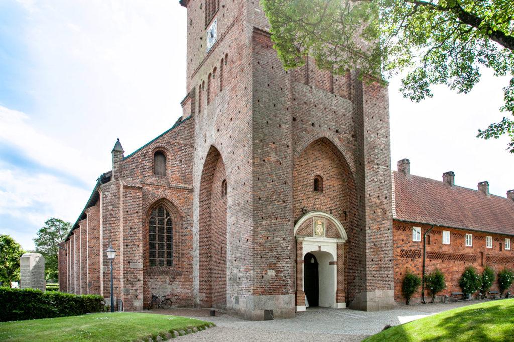 Ingresso nella torre della chiesa di Santa Caterina