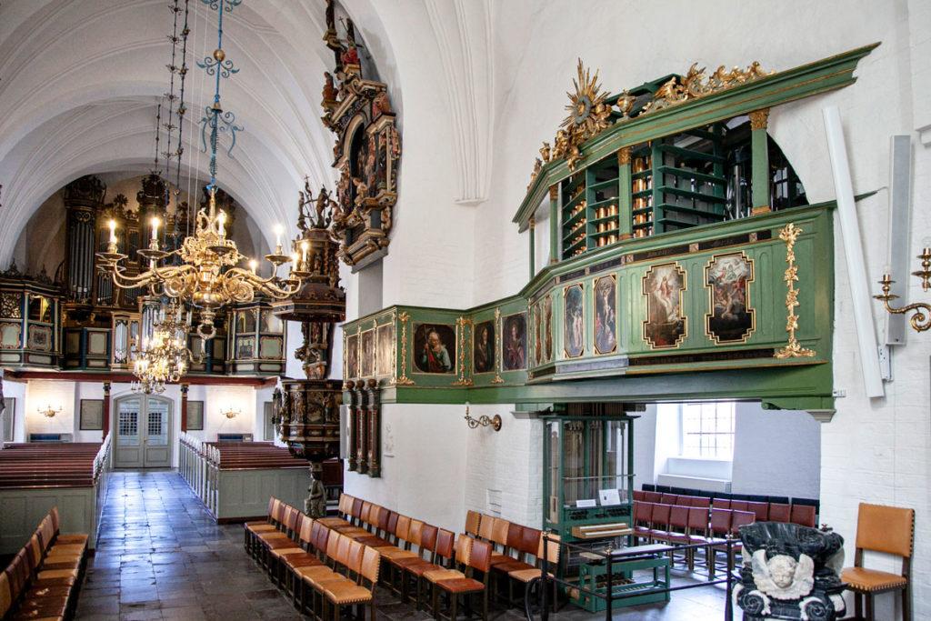 Interni della chiesa di Budolfi - Jutland