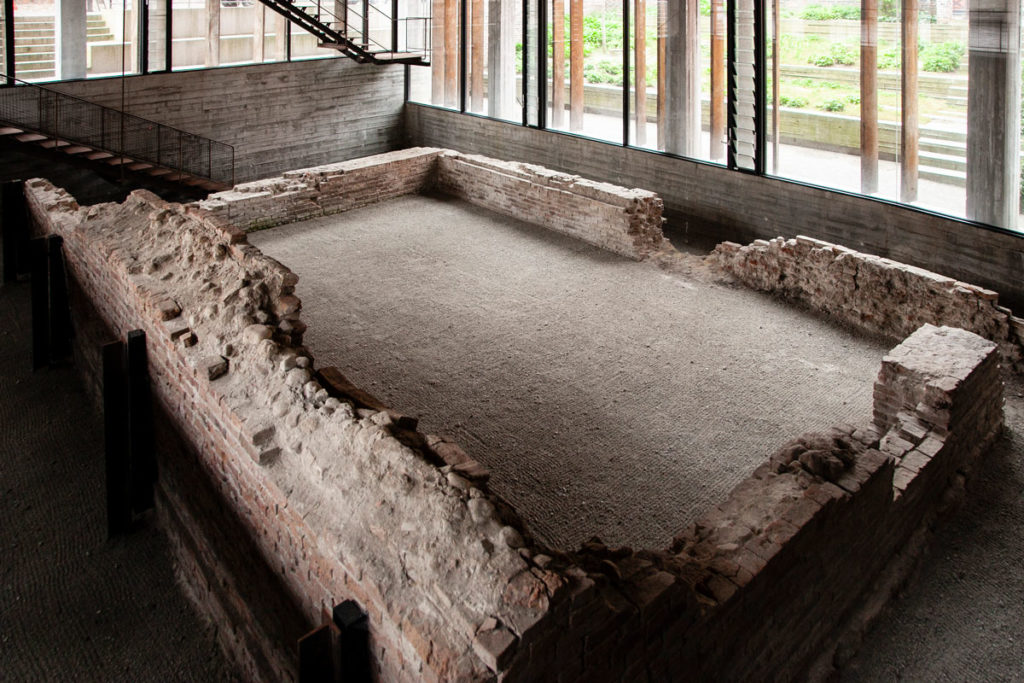 Kannikegarden - Museo con resti del refettorio di un monastero incendiato