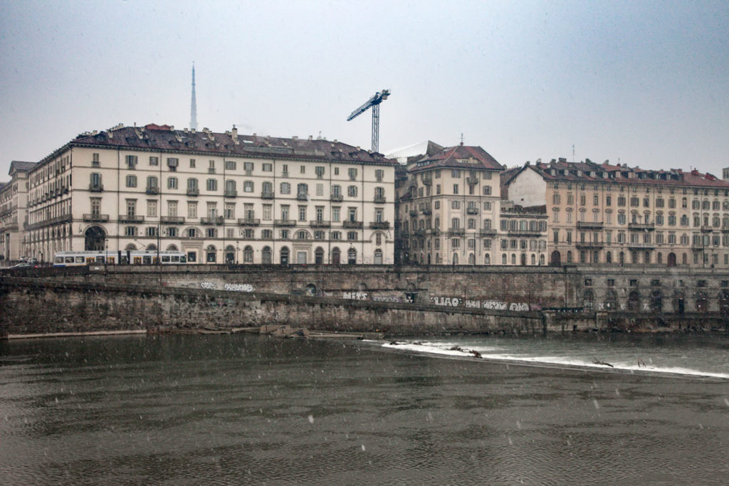 Lungo Po a Torino e i Murazzi