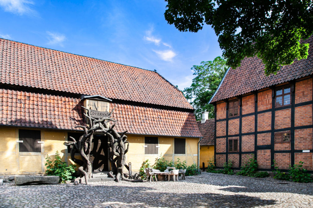 Montergarden - piazza interna al quartiere storico di Odense