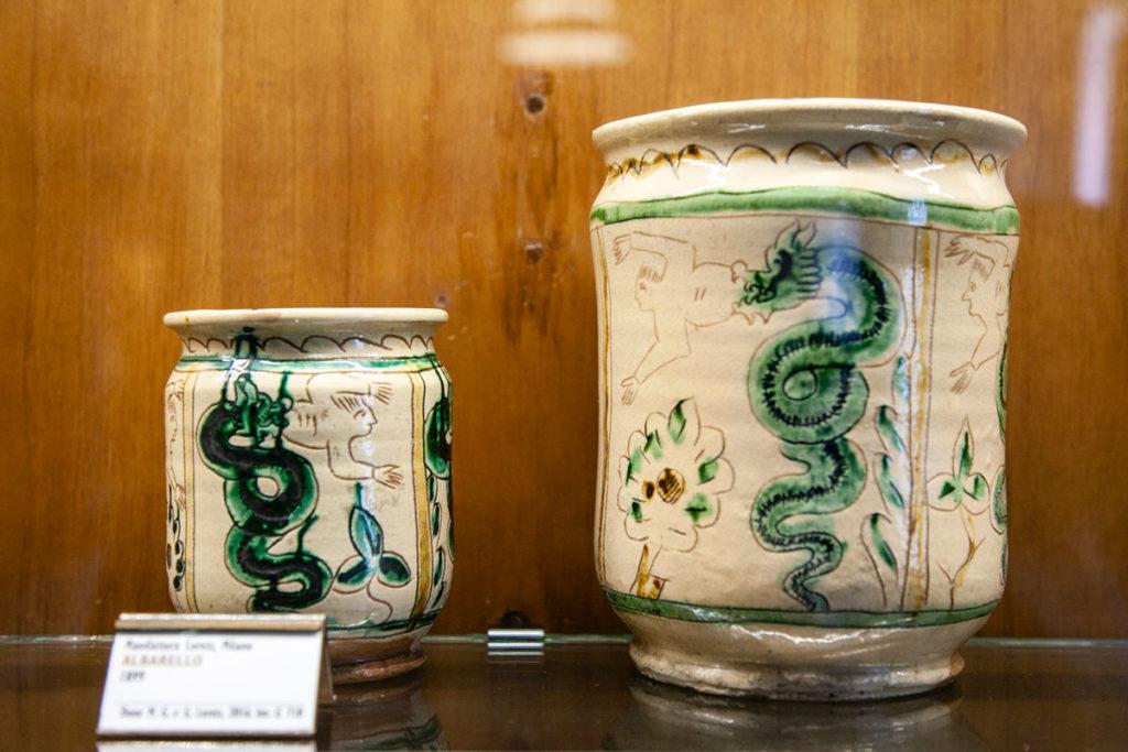 Museo delle Arti decorative castello sforzesco - Vasi con Biscioni