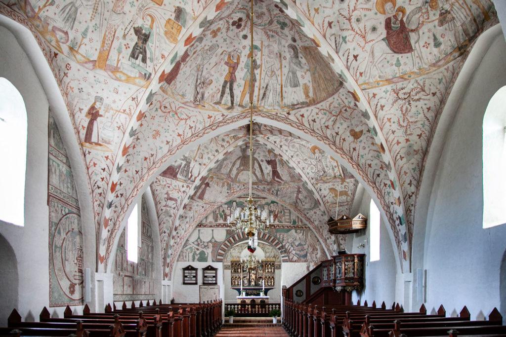 Navata Unica della Keldby Kirke - Affrescata da Elmelund