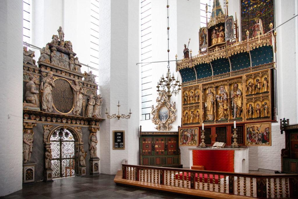 Pala di Altare del duomo di Aarhus e cappella laterale