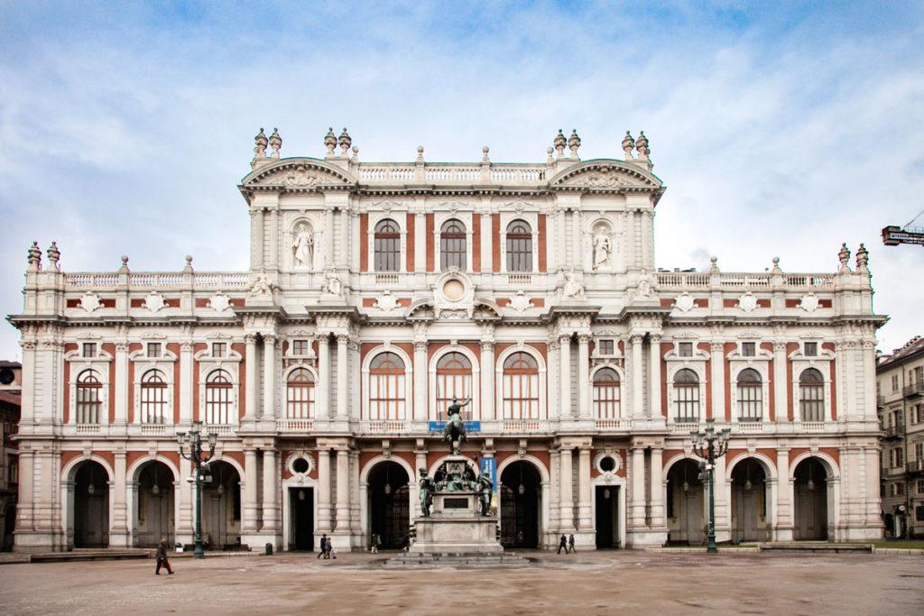Palazzo Carignano - Facciata su piazza Carlo Alberto