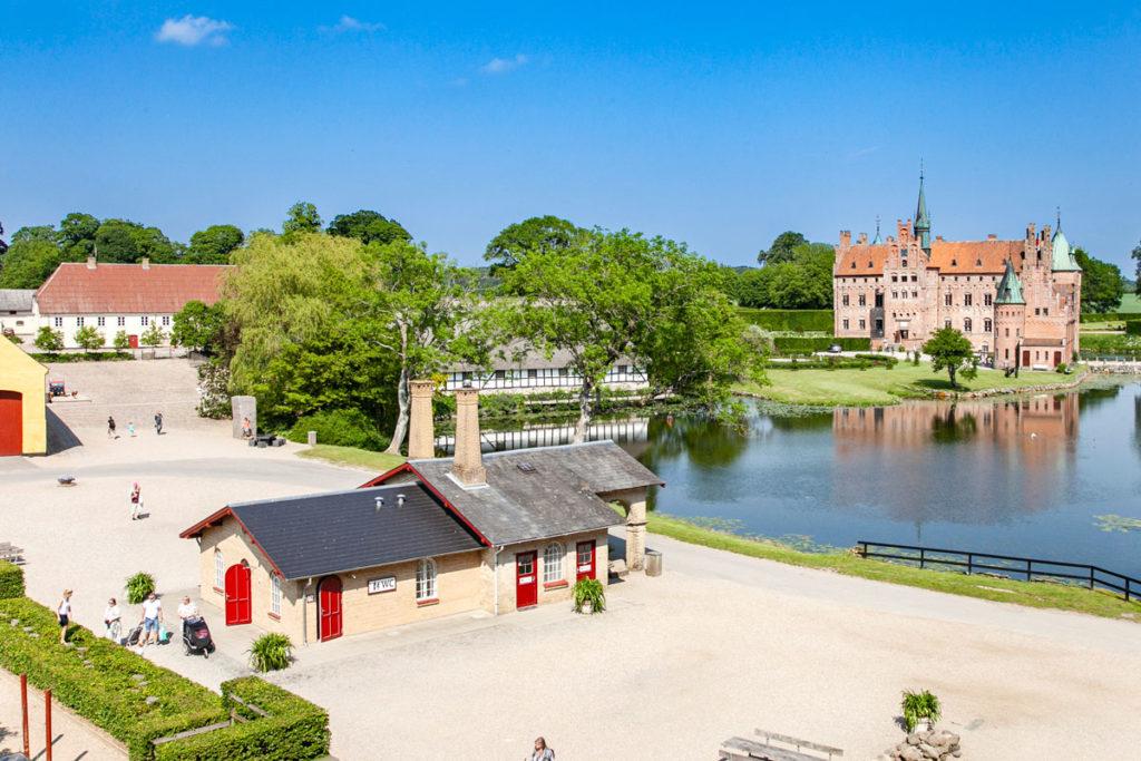 Panoramica del castello - Area giochi - Castello e Area Esposizioni
