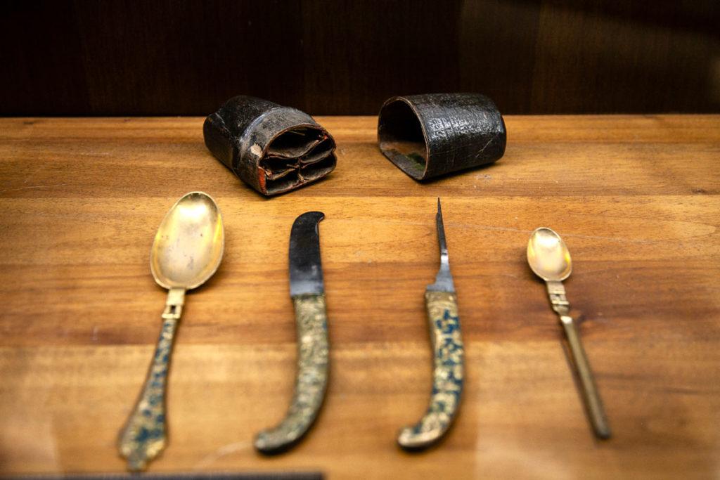 Posate storiche nel Museo delle Arti Decorative
