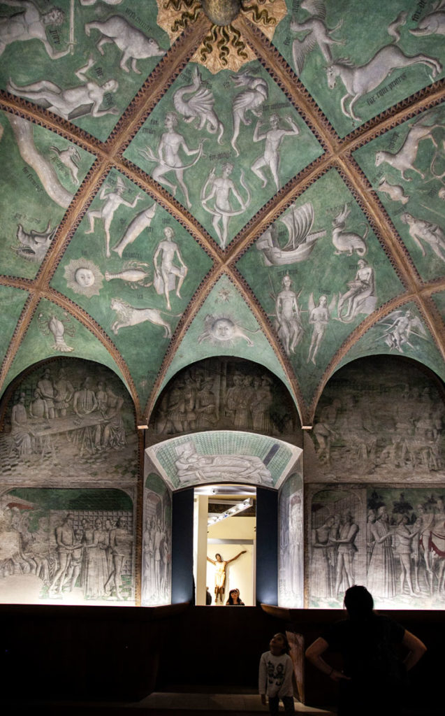 Sale Affrescate dentro agli appartamenti ducali del Castello Sforzesco di Milano