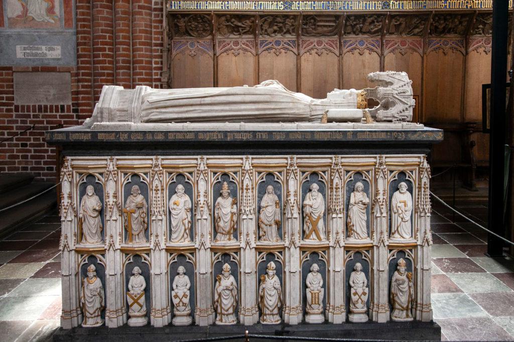 Sarcofago della Regina Margherita nel coro dei Canonici - Cattedrale di Roskilde