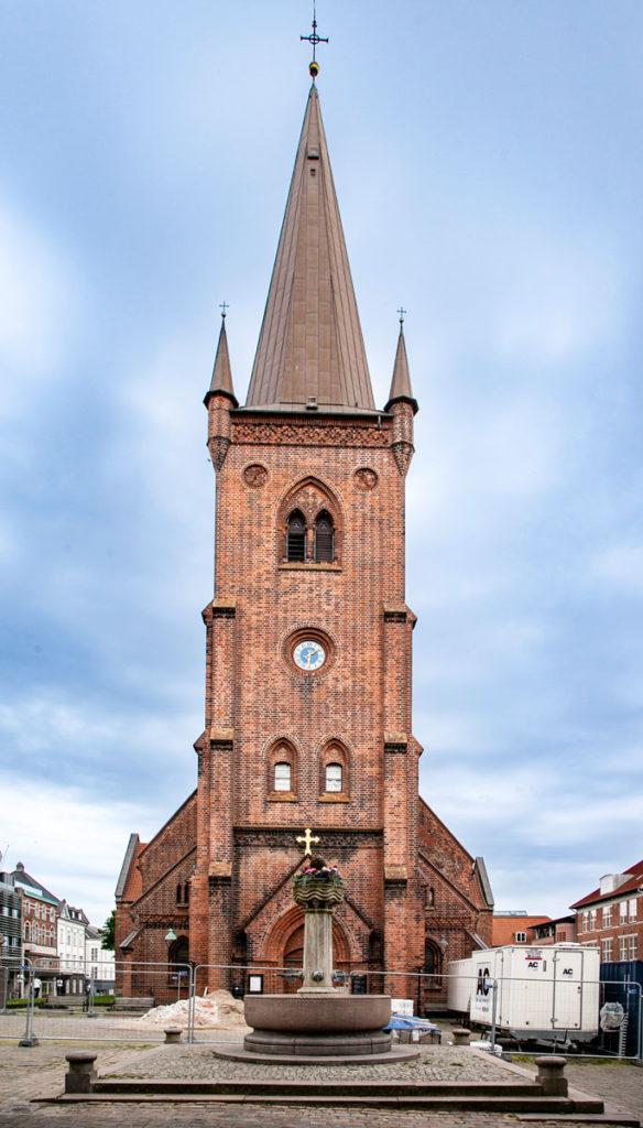Sct Nikolai Kirke - Facciata chiesa del XIII secolo