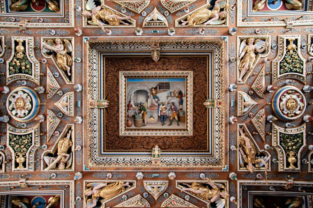 Soffitto intagliato e con basso rilievi della Sala Grande del Frederiksborg Slot