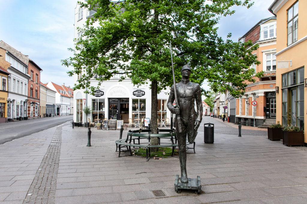Statua del Soldatino di Piombo - Favole di Andersen in giro per Odense