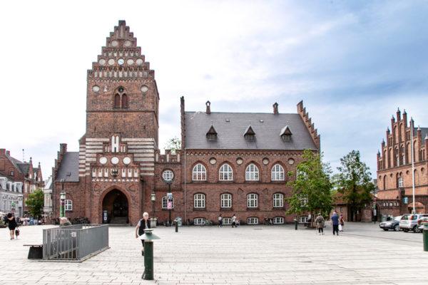 Vecchio Municipio e Rovine della chiesa di San Lorenzo - Roskilde