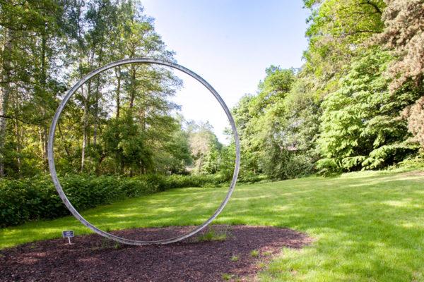 Weather the Weather di Olafur Eliasson - Cerchio nel parco del museo Ordrupgaard