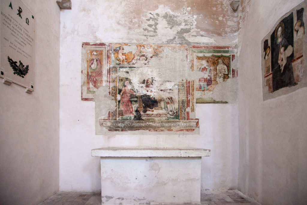 Affreschi antichi nella chiesa di San Fortunato - Todi