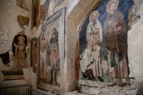 Affreschi del XIV e XV secolo della chiesa di San Silvestro a Todi