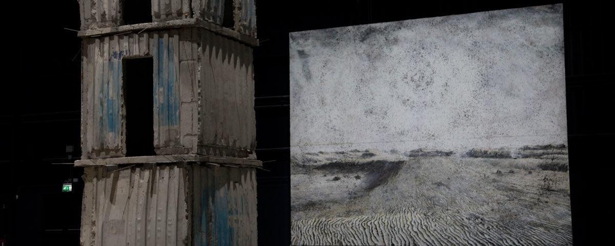 Base della Torre JH e Quadro Cette obscure clarte qui tombe des etoiles - I Sette Palazzi Celesti di Kiefer