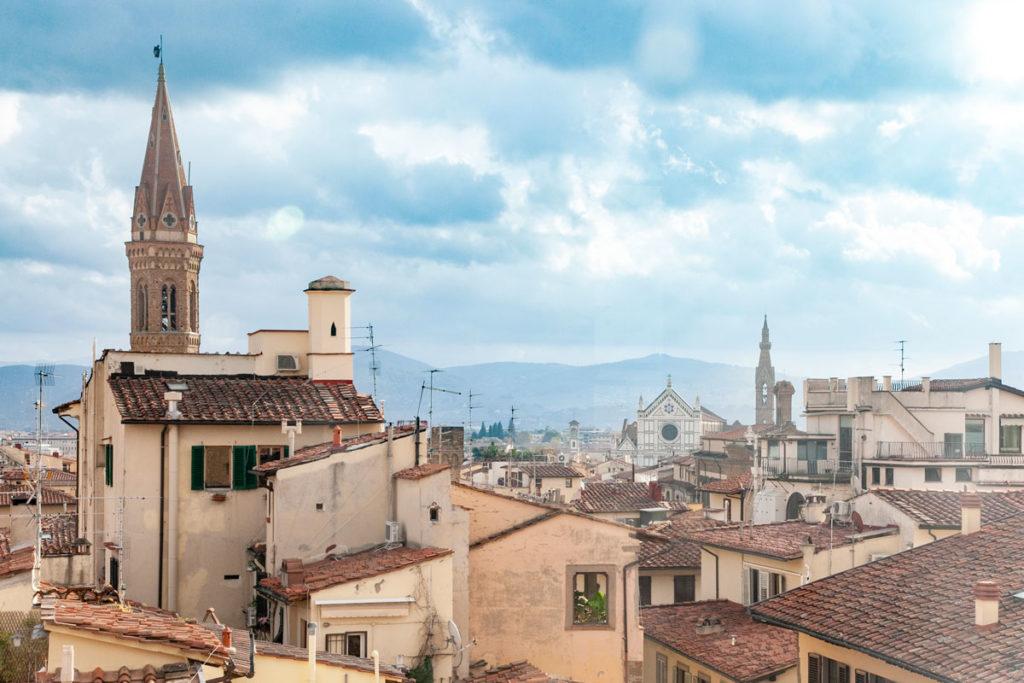 Basilica di Santa Croce vista dal museo orsanmichele
