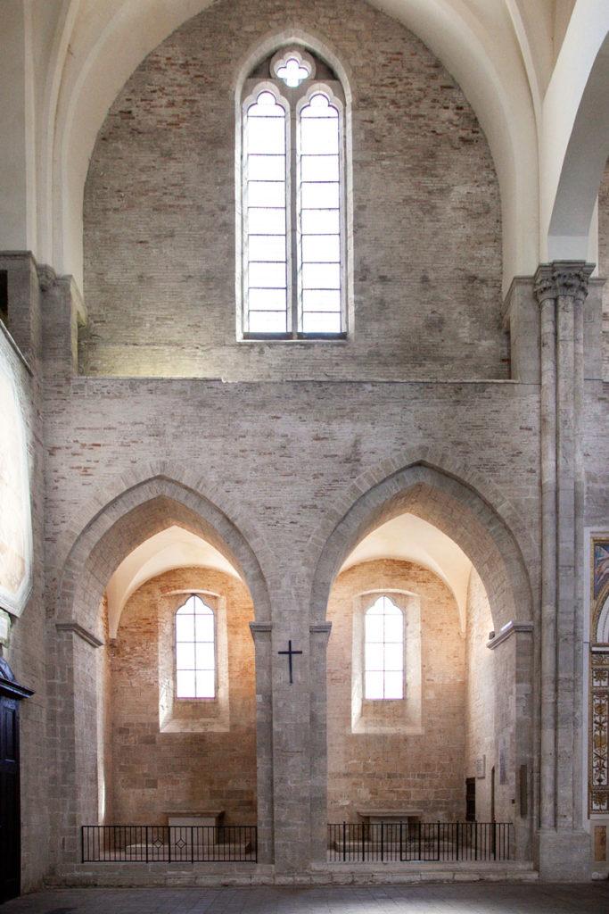 Cappelle laterali della chiesa di San Fortunato a Todi