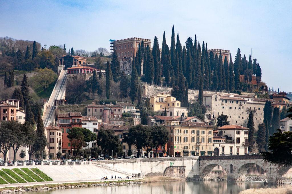 Castel San Pietro sul colle e funicolare