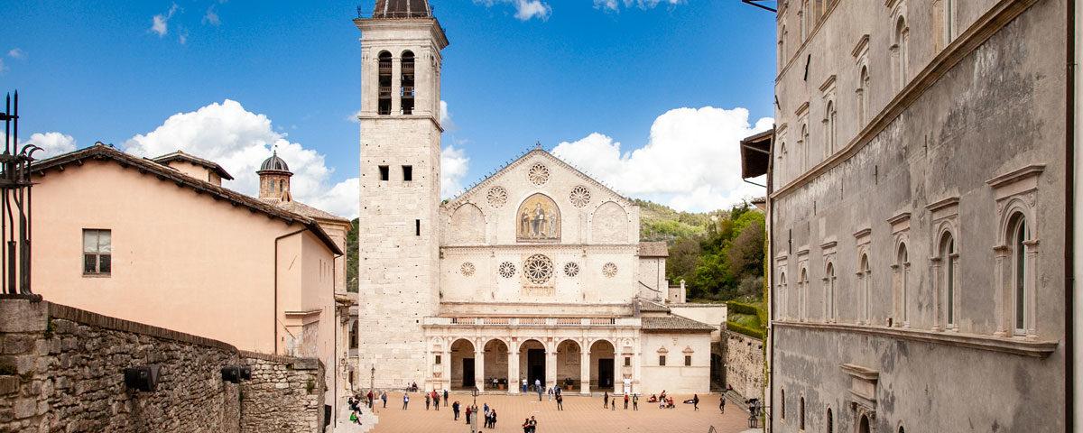Cattedrale di Santa Maria Assunta vista dalla Scalinata