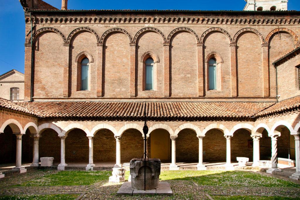 Chiostro Interno della Ex Chiesa di San Romano