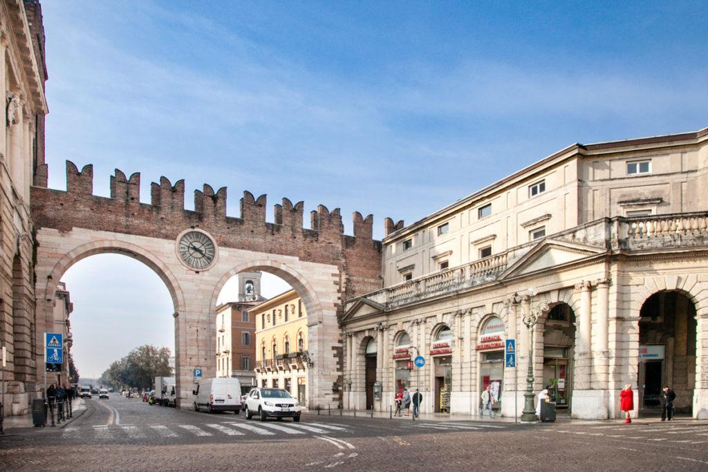 Cosa vedere a Verona - Portoni della Brà - Porta di ingresso cittadina