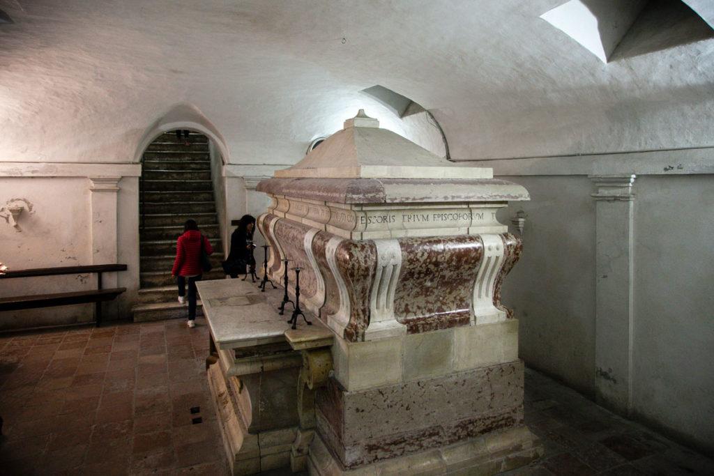 Cripta della Chiesa di San Fortunato con Mausoleo