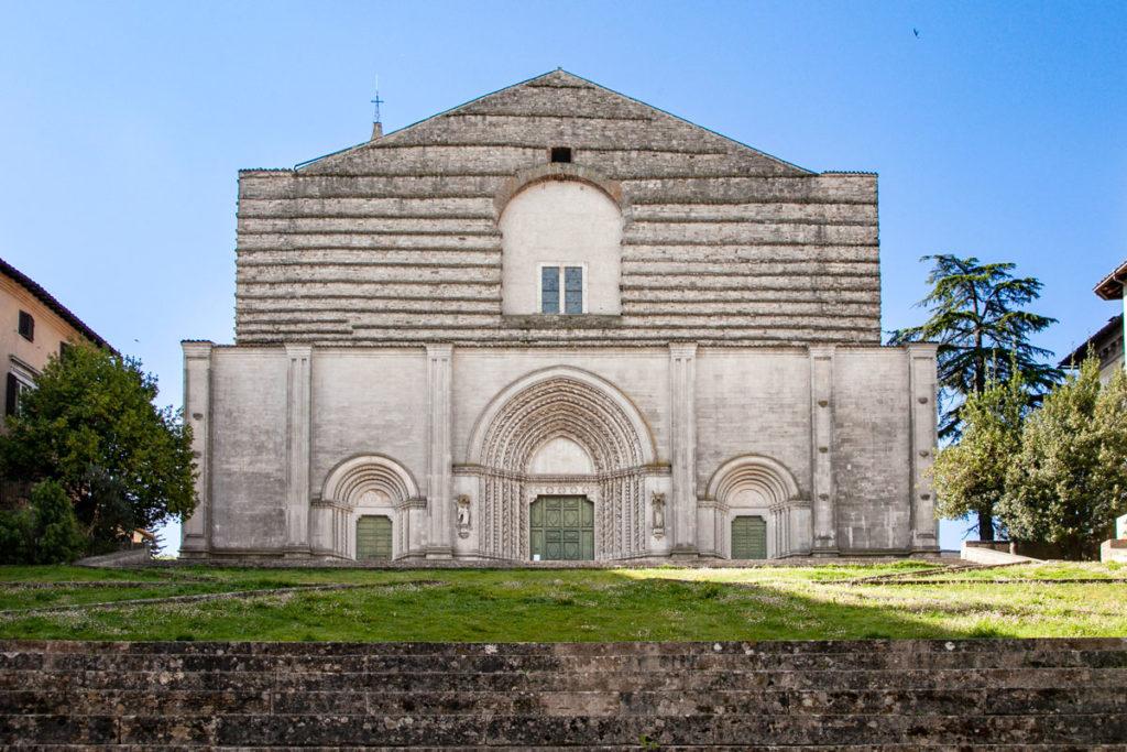 Facciata della Chiesa di San Fortunato a Todi
