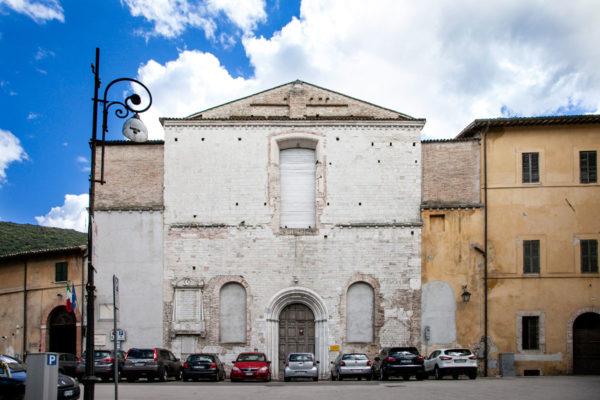 Facciata della Chiesa di San Simone di Spoleto