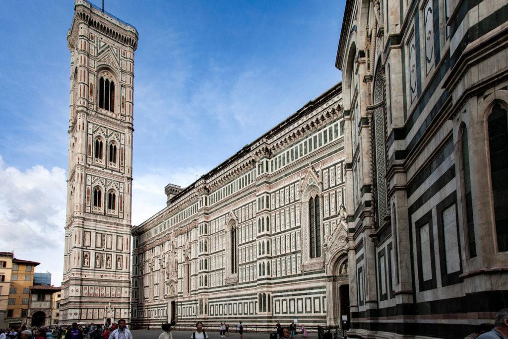 Fianco della Cattedrale di Santa Maria del Fiore e Campanile