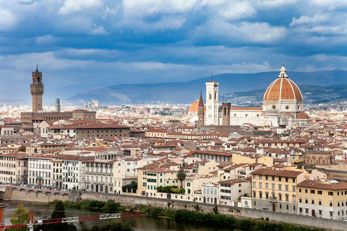 Firenze - Palazzo Vecchio e Cattedrale di Santa Maria del Fiore visti da piazzale Michelangelo