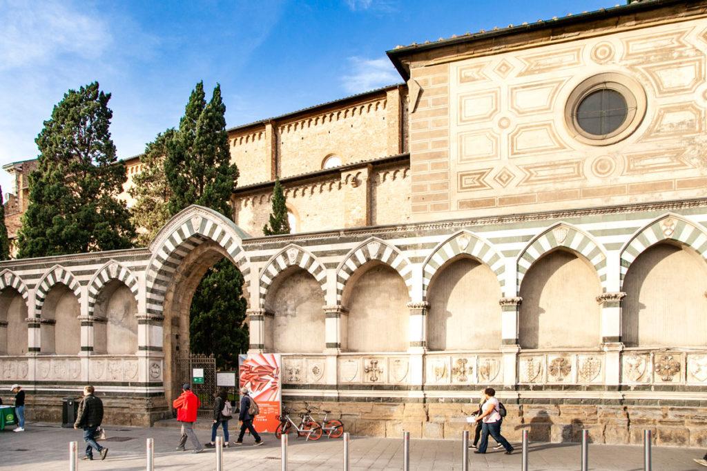 Ingesso laterale al chiostro di Santa Maria Novella