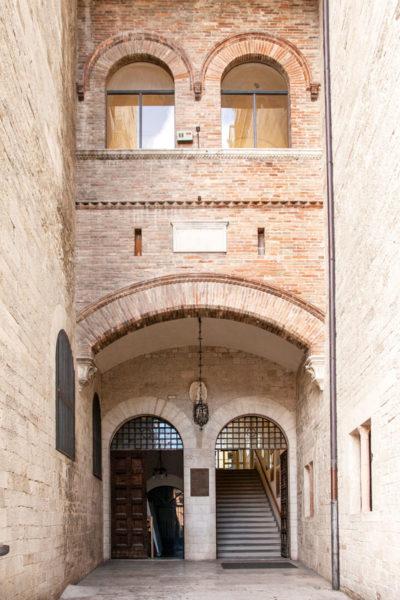 Ingresso ai musei del palazzo del Popolo di Todi