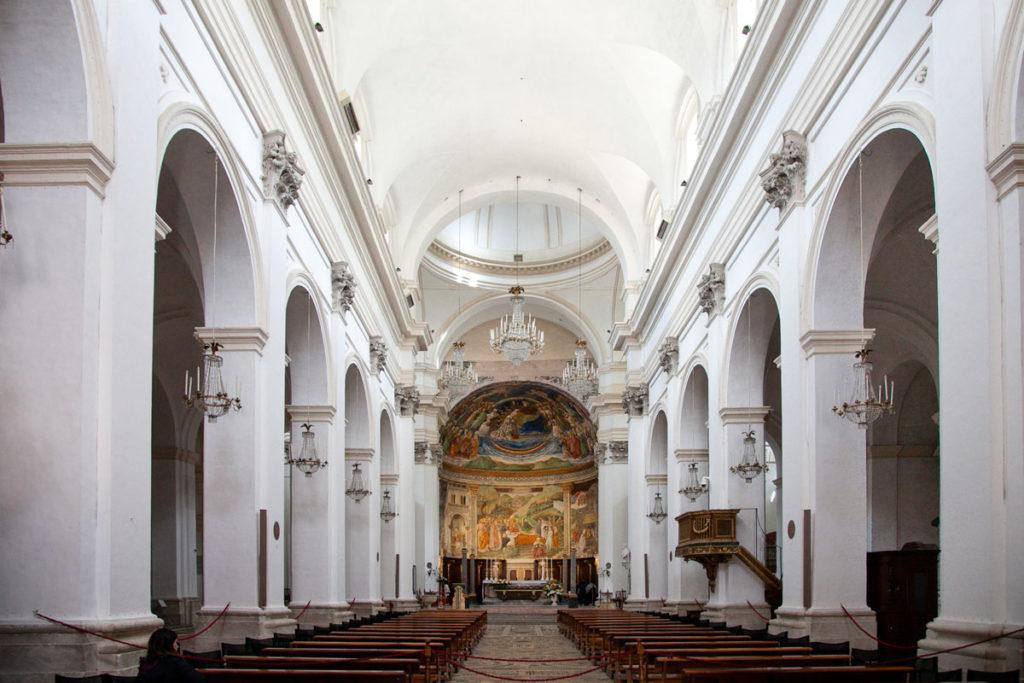 Navata Centrale Interna del Duomo di Spoleto