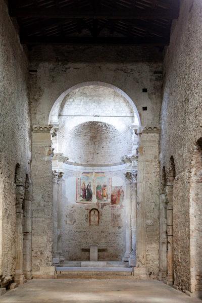 Navata interna della Chiesa di San Salvatore