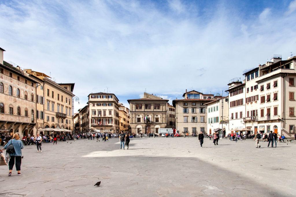 Piazza Santa Croce - Palazzi Storici e Palazzo Cocchi-Serristori