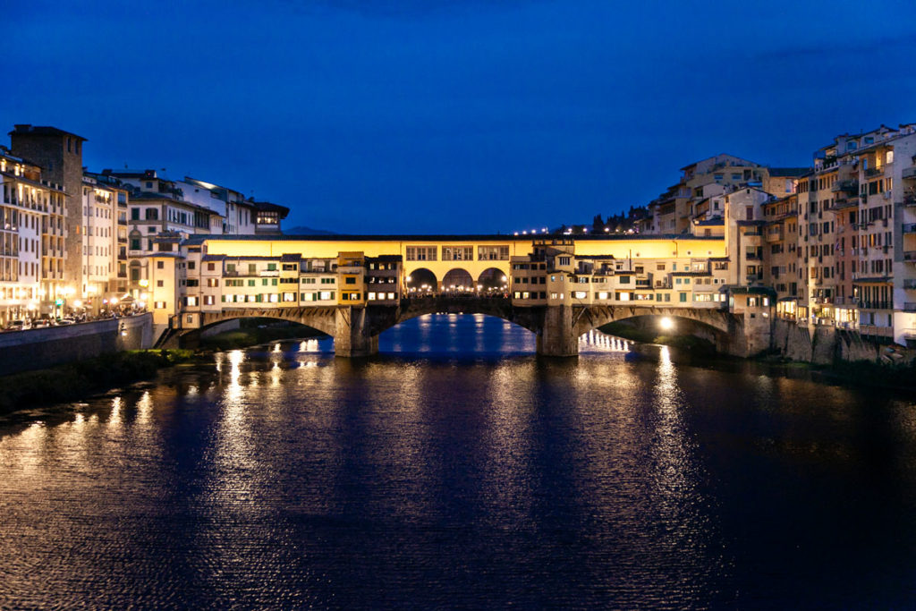 Ponte Vecchio di Notte - Firenze