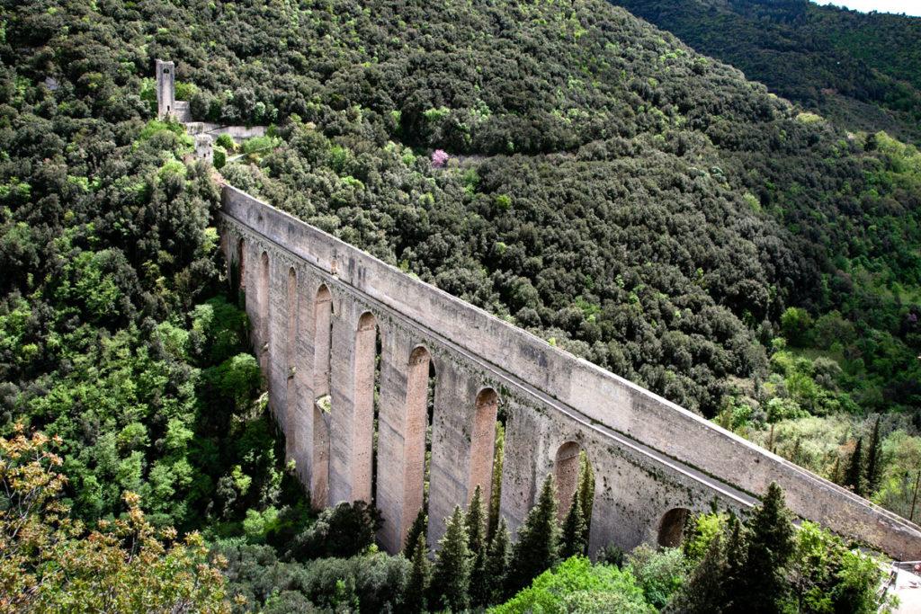 Ponte delle Torri di Spoleto - Acquedotto romano - Passaggio Pedonale
