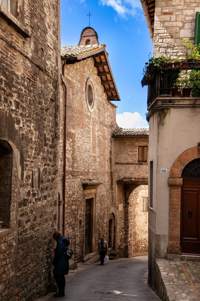 Porta Aurea e Chiesa di San Giuseppe a Todi