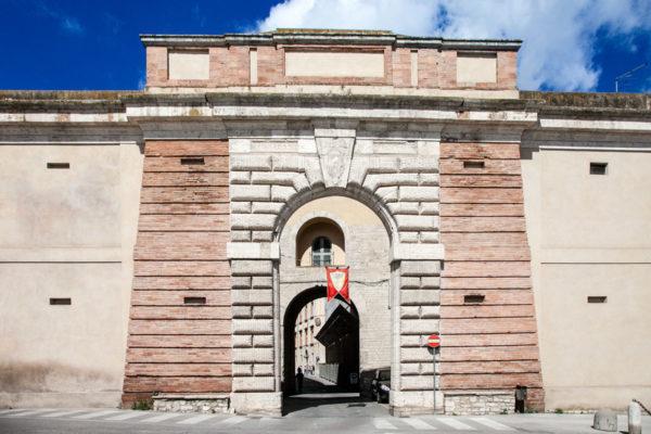Porta Romana - Ingresso Principale a Todi - Cosa vedere in Umbria
