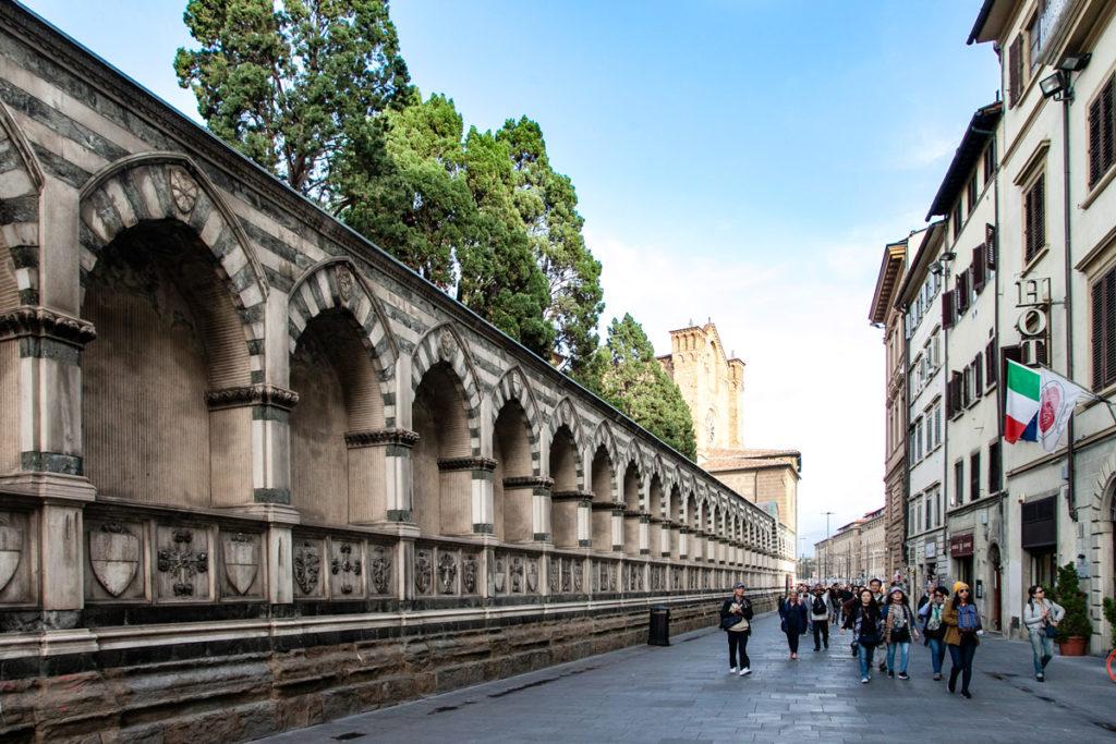 Porticati sul perimetro della Basilica di Santa Maria Novella