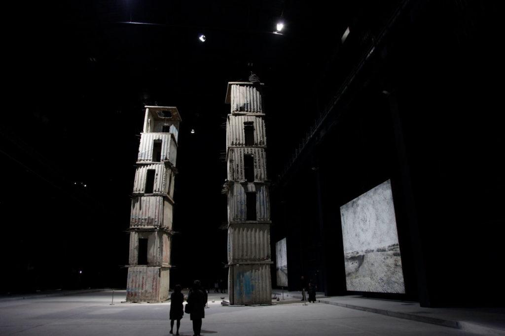 Torre WH - Torre JH e dipinto Cette Obscure clarte qui tombe des etoiles - Anselm Kiefer