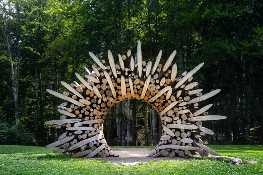 0121-1110 uguale 115075 di Jaehyo Lee - Arco in legno di Arte Sella