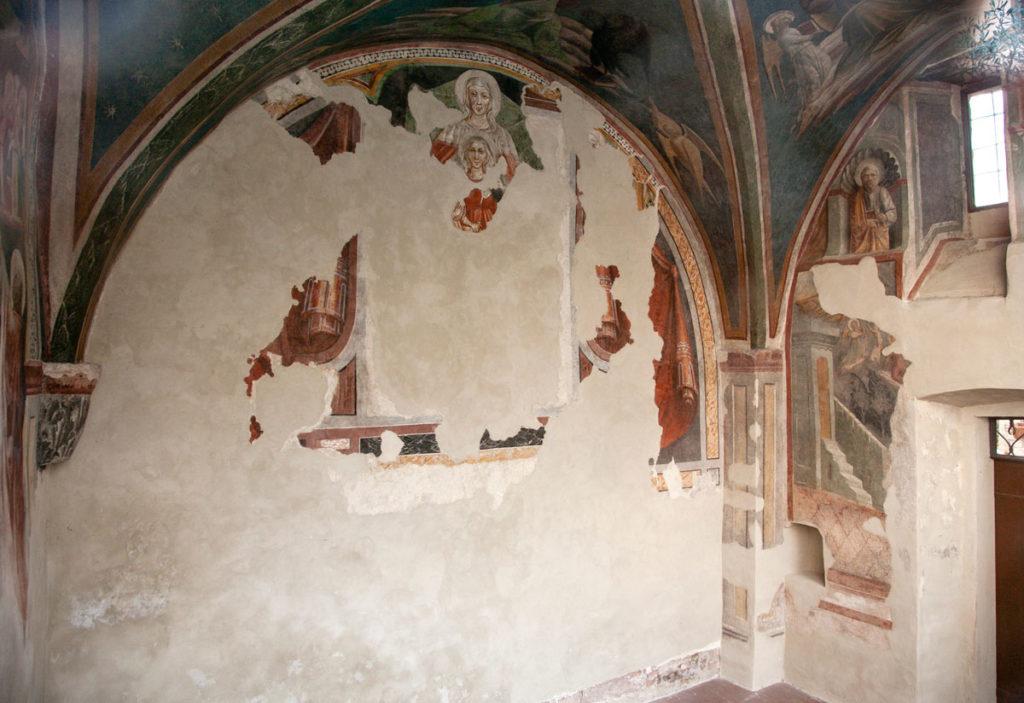 Affreschi della cappella di Sant'Anna o Cappella Tega