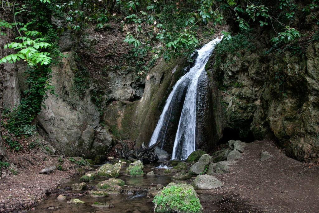 Cascata della Grotta - Cascate del Menotre in Umbria