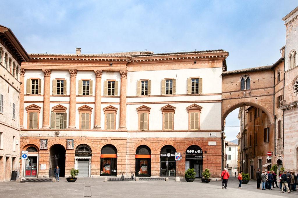 Facciata del Palazzo Trinci di Foligno
